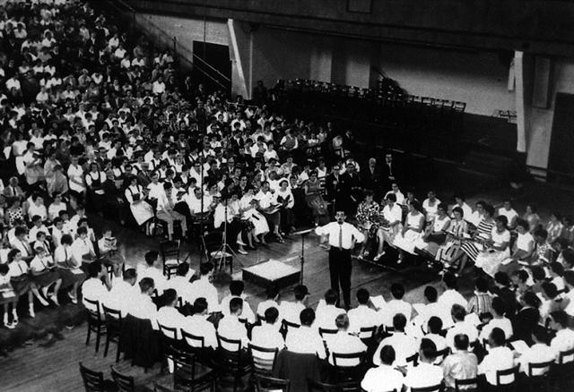 Wenige Jahre nach der Gründung veranstaltete die European Choral Association im Jahr 1961 zum ersten Mal das Musikfestival Europa Cantat.