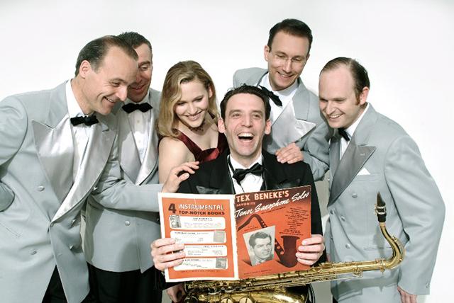 Seit 1987 spielt Andrej Hermlins Swing Dance Orchestra Stücke der Swing-Ära zum Tanzen und Zuhören.