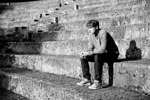 Souliger Pop-Sound, eine weiche Stimme, gefühlvolle Texte: Dafür steht der Singer-Songwriter Tim Bendzko ( © Kai Stuht).