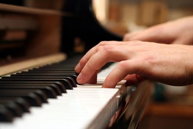 Junge Pianisten finden beim Felix Mendelssohn Bartholdy Hochschulwettbewerb eine Bühne.