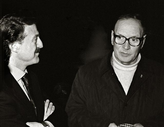 Der Fotograf Augusto de Luca und Ennio Morricone 1997.