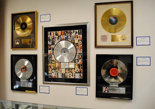 Prince' Platinalben bei einer Auktion aus dem Jahr 2011.