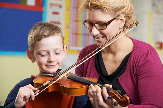 Gute Musikpädagogen gehen auf ihre Schüler ein und erkennen ihre Bedürfnisse.