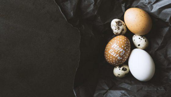Ostereier als Symbol für Osterlieder