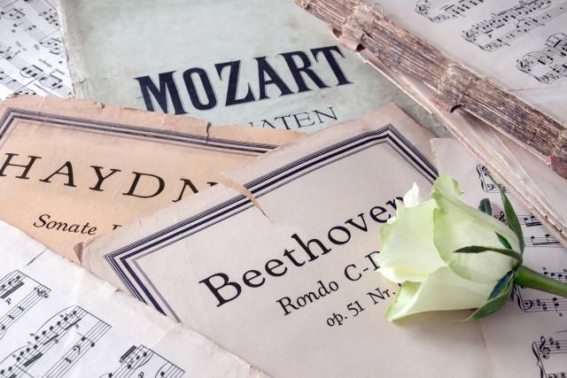Musiknoten von Beethoven, Haydn und Mozart