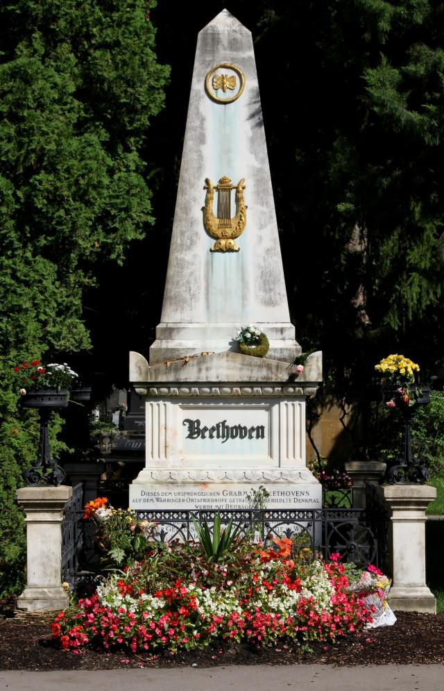 Beethovens Ehrengrab in Wien