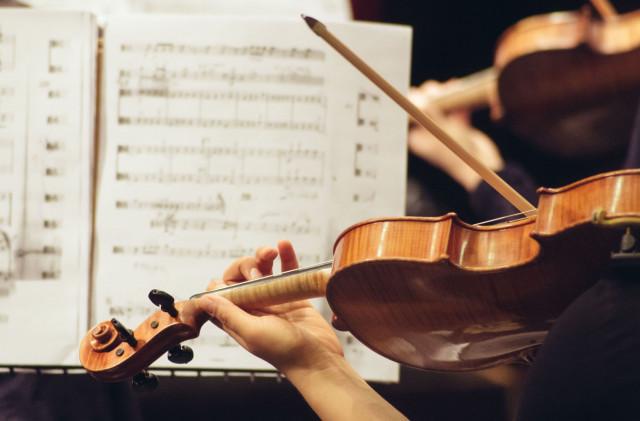 Streicher spielen Beethoven